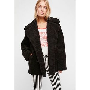 Free people notched Teddy Bear Coat Size Small